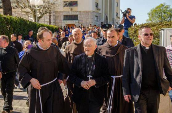 Il papa nomina monsignor Hoser Visitatore Apostolico di Medjugorje