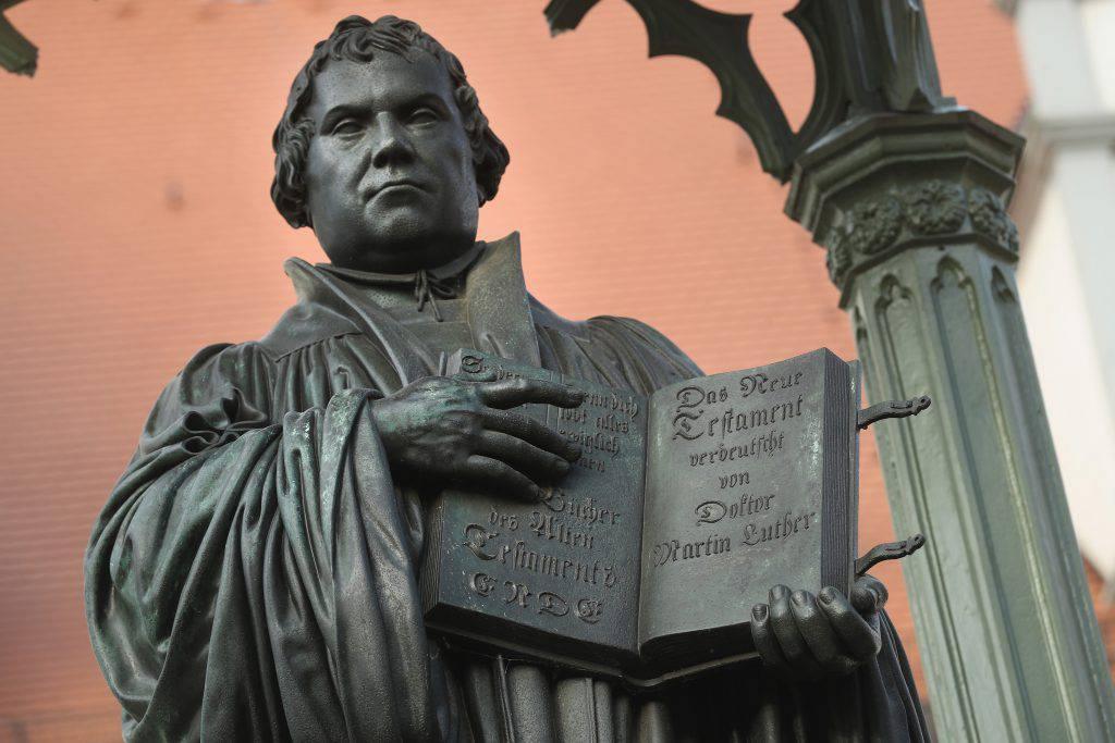 """Martin Lutero come San Francesco? Padre Lanzetta: """"Due mondi separati"""""""