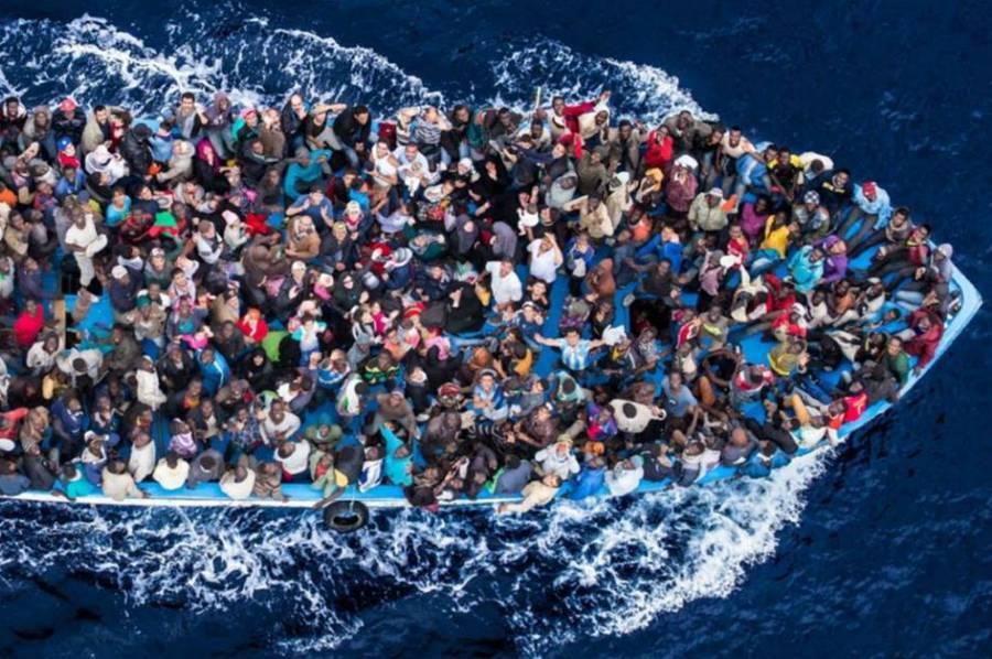 """L'Olanda accusa l'Italia: """"Molti dei migranti non sono registrati"""""""