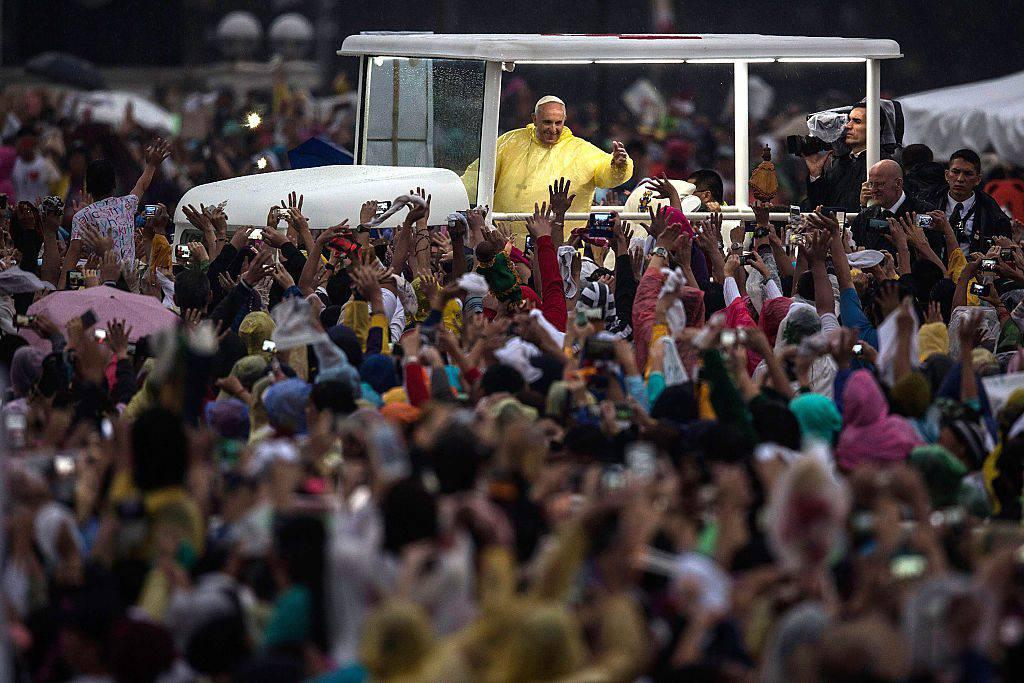 IX Incontro Mondiale delle Famiglie, il papa concede l'indulgenza plenaria