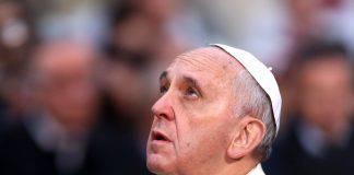 Papa Francesco addolorato per la piaga pedofilia