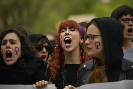 Le suore difendono la donna nel caso di stupro che ha sconvolto la Spagna