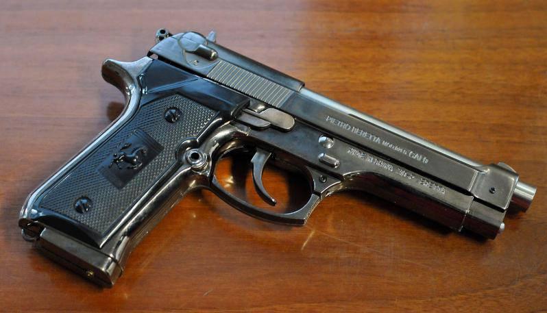 24 colpi di pistola