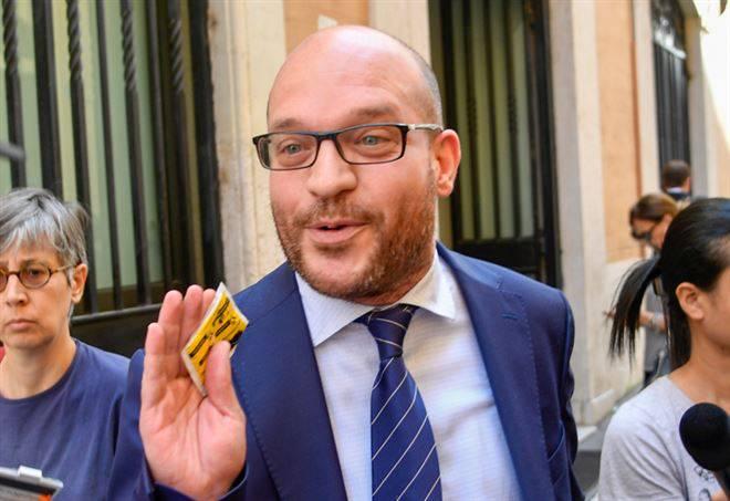 Il Ministro Fontana contro la dittatura del relativismo