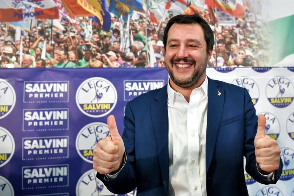 """Salvini ribadisce la sua priorità: """"Porte aperte solo ai migranti per bene"""""""