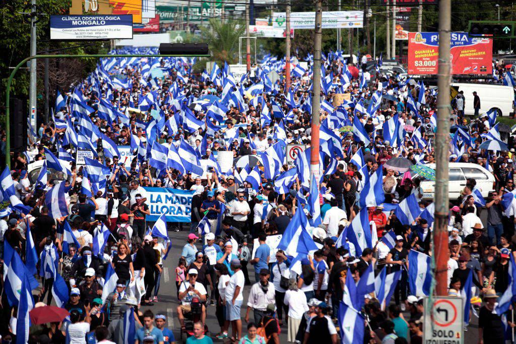 Nicaragua: la polizia spara contro i manifestanti, diversi i feriti