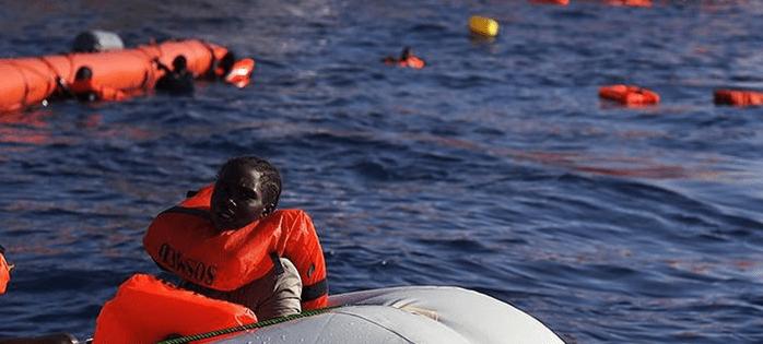 """La lettera dei docenti universitari: """"Salvare vite in mare è un dovere"""""""