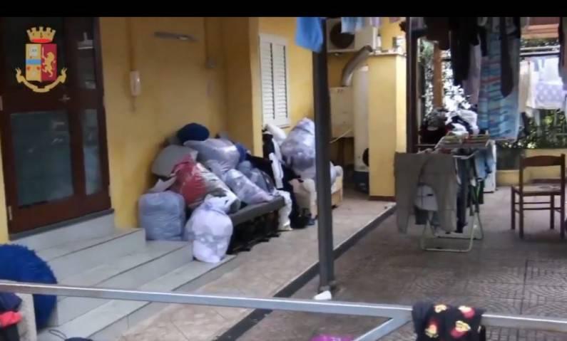 """Latina, inchiesta sui Cas: """"Spendevano 1,60 euro al giorno per i pasti dei migranti"""""""