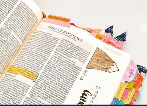 Dagli USA arriva il Bible Journaling, un metodo creativo di nutrire la spiritualità