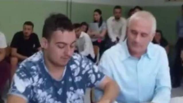 Autismo: Francesco Criscuolo supera brillantemente l'esame di maturità!