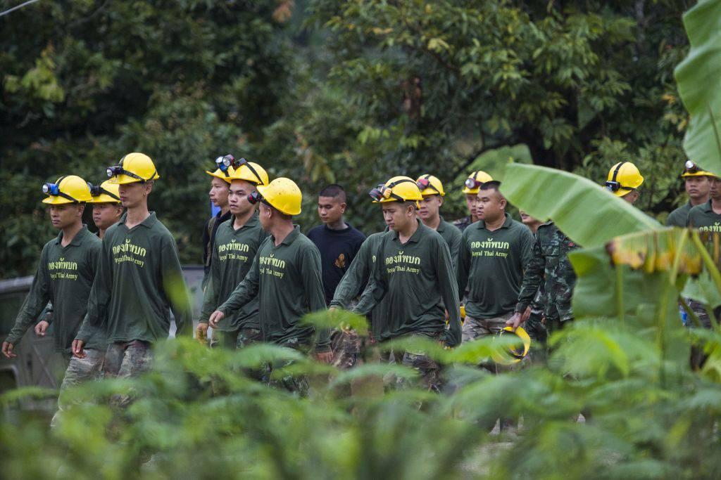 Thailandia: continuano le operazioni di soccorso, estratti altri 3 ragazzi