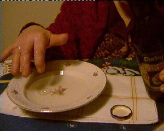 Attenzione: il malocchio non si scaccia con piattino e olio