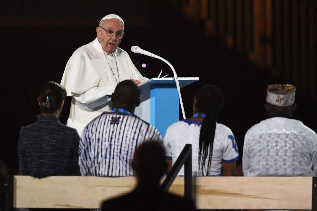 papa Francesco accusato