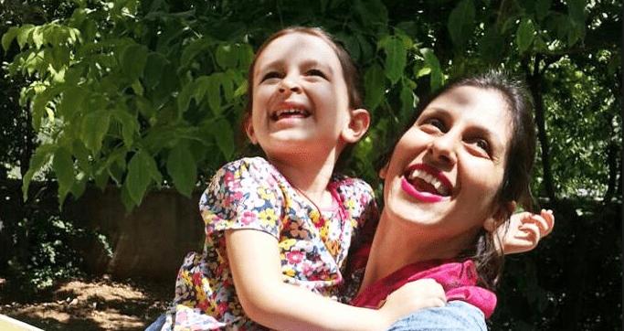Dopo due anni di carcere la giornalista anglo-iraniana riabbraccia la figlia