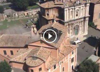 crollo-tetto-chiesa-roma
