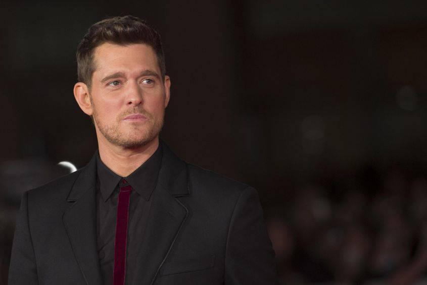 """Michael Bublé torna a cantare e ringrazia in fan: """"Sono tornato grazie alle vostre preghiere"""""""