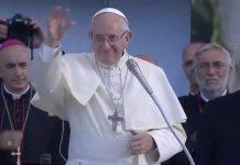 La Benedizione segna segno della Croce di Papa Francesco a Palermo