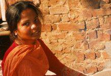 Impicca Asia, il motto dei pakistani diventa un macabro gioco