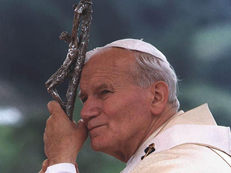 Prega San Giovanni Paolo II