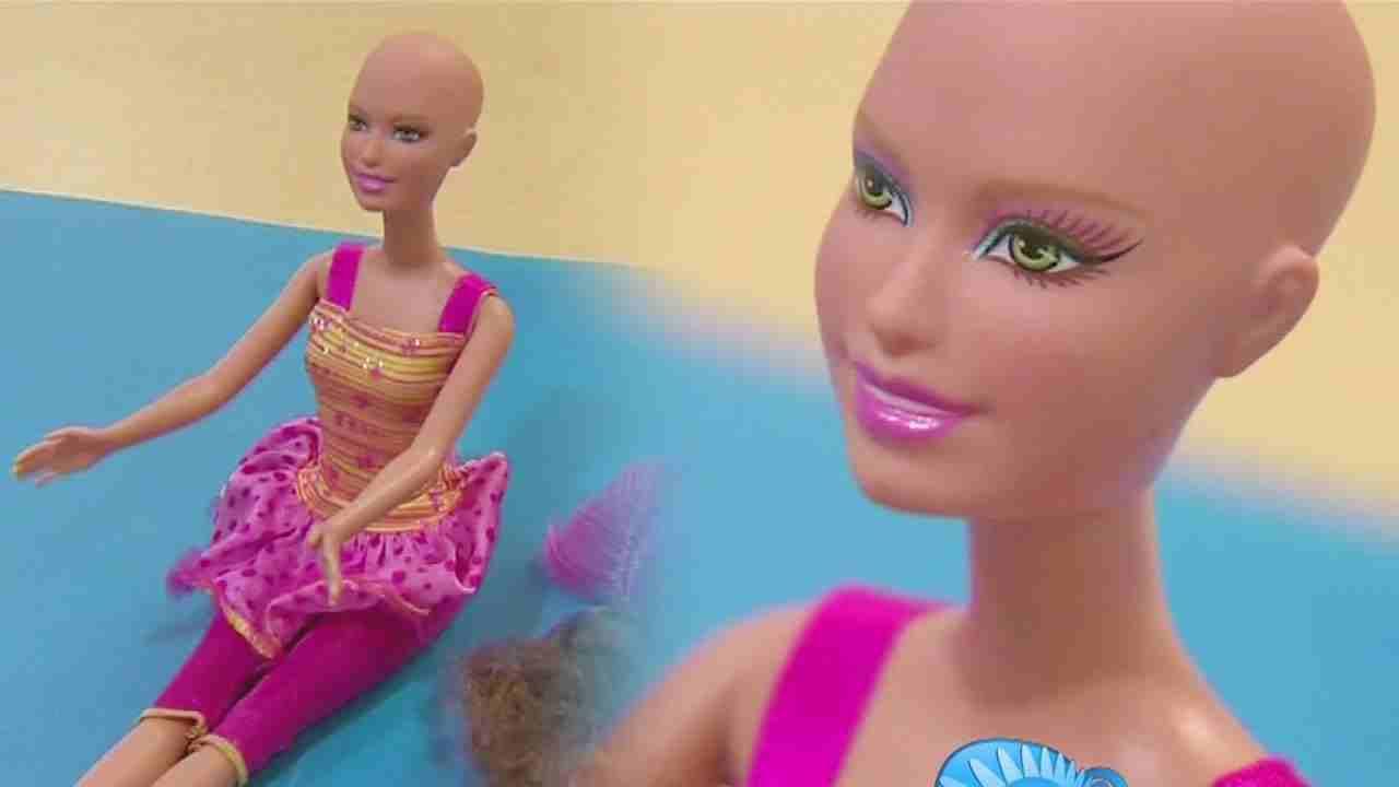 Ella, una barbie calva per aiutare le bimbe affette da cancro