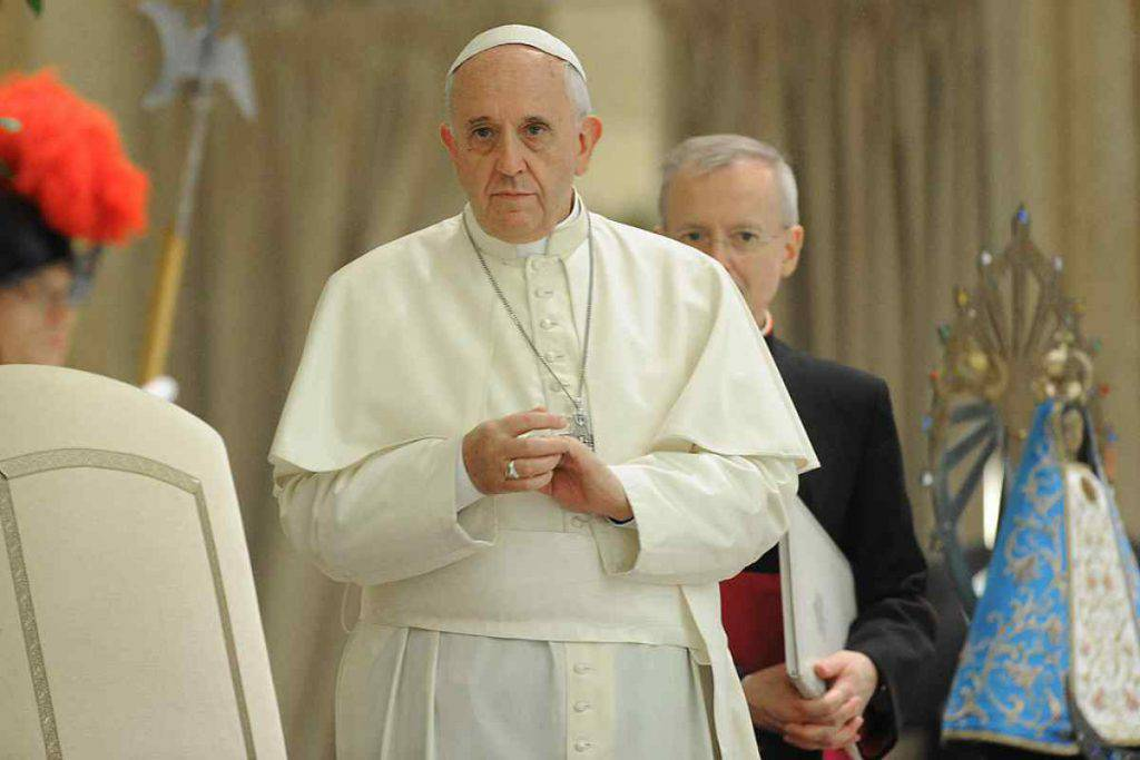 papa francesco messaggio abusi