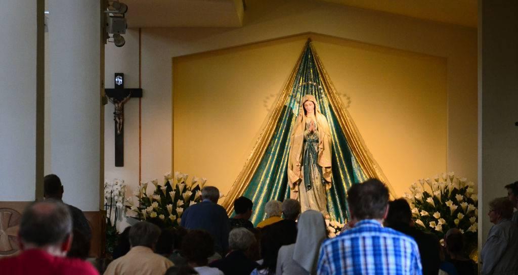 """Medjugorje, monsignor Hoser: """"Segno che la Chiesa è viva"""""""