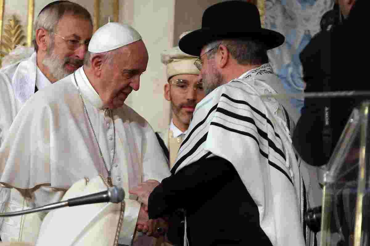papa francesco sinagoga dialogo ebrei