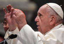 Papa Francesco fa un appello per le donne maltrattate