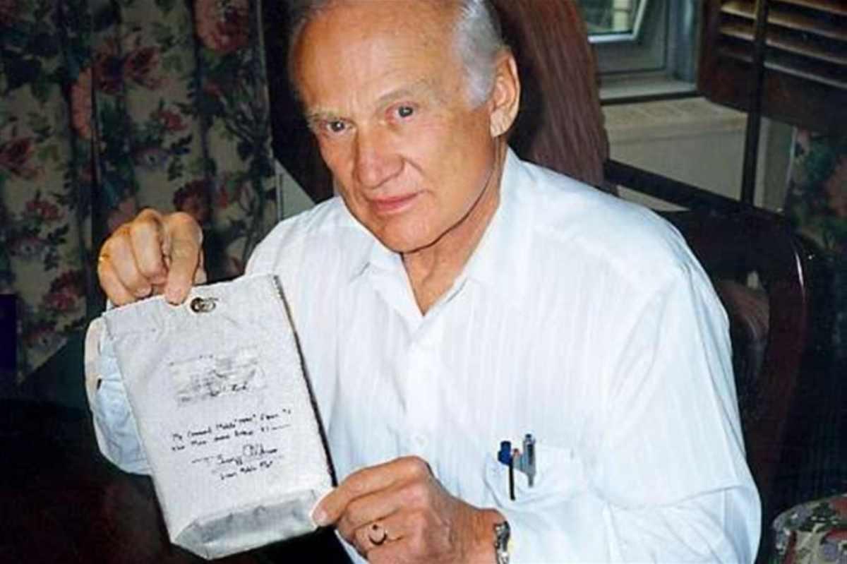 Aldrin fece la Comunione sulla luna