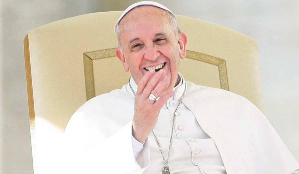 sorriso papa francesco
