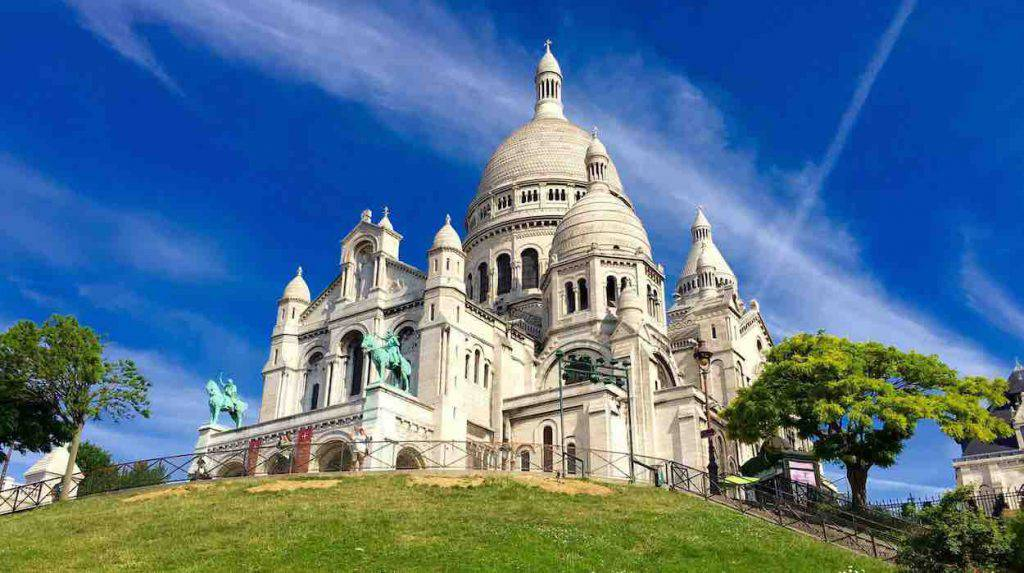 Chiusa la Basilica del Sacre Coeur di Parigi a causa del Coronavirus