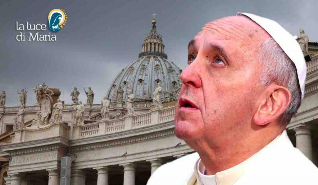 Papa Francesco: certi discorsi populisti mi ricordano Hitler. La memoria ci aiuterà