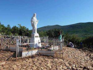 La Collina delle prime apparizioni della Madonna a Medjugorje