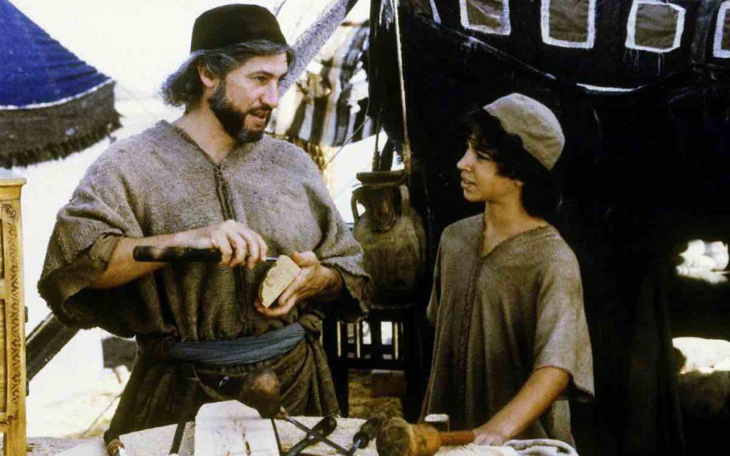 San Giuseppe lavoratore con Gesù