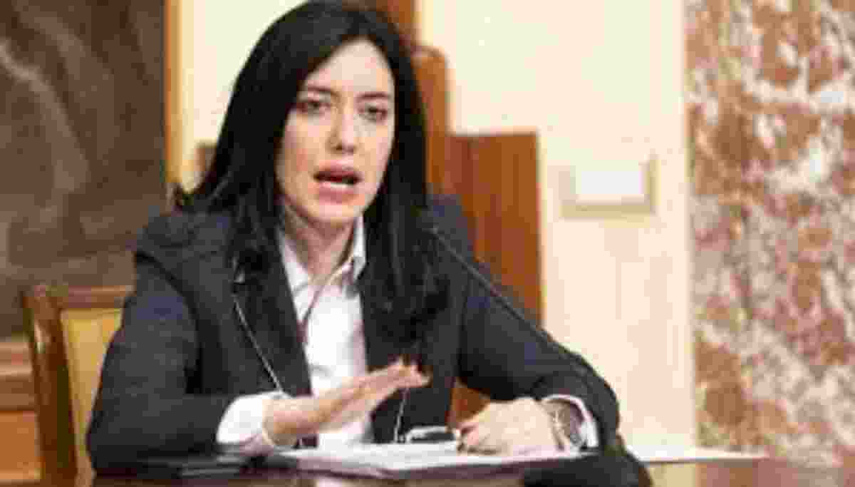 Lorenzo Fioramonti è il ministro dell'Istruzione del ...