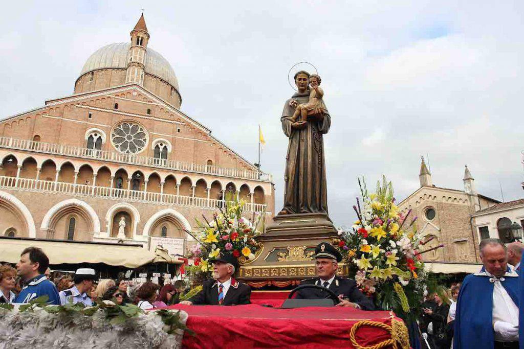 Processione festa di Sant'Antonio