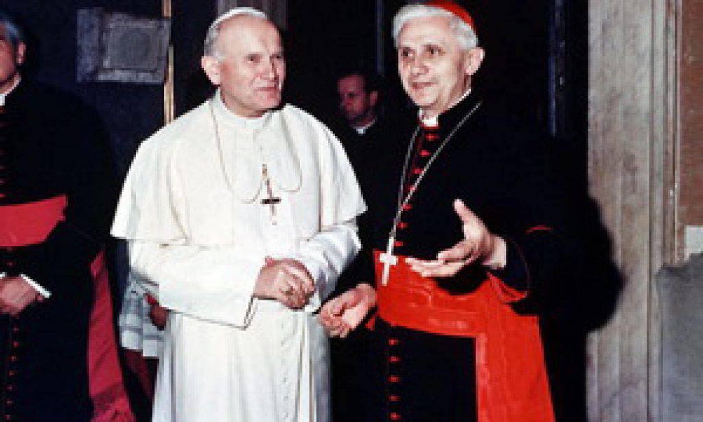 San Giovanni Paolo II e il Papa emerito Benedetto XVI