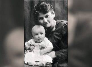 Giovanni Paolo II con la mamma Emilia