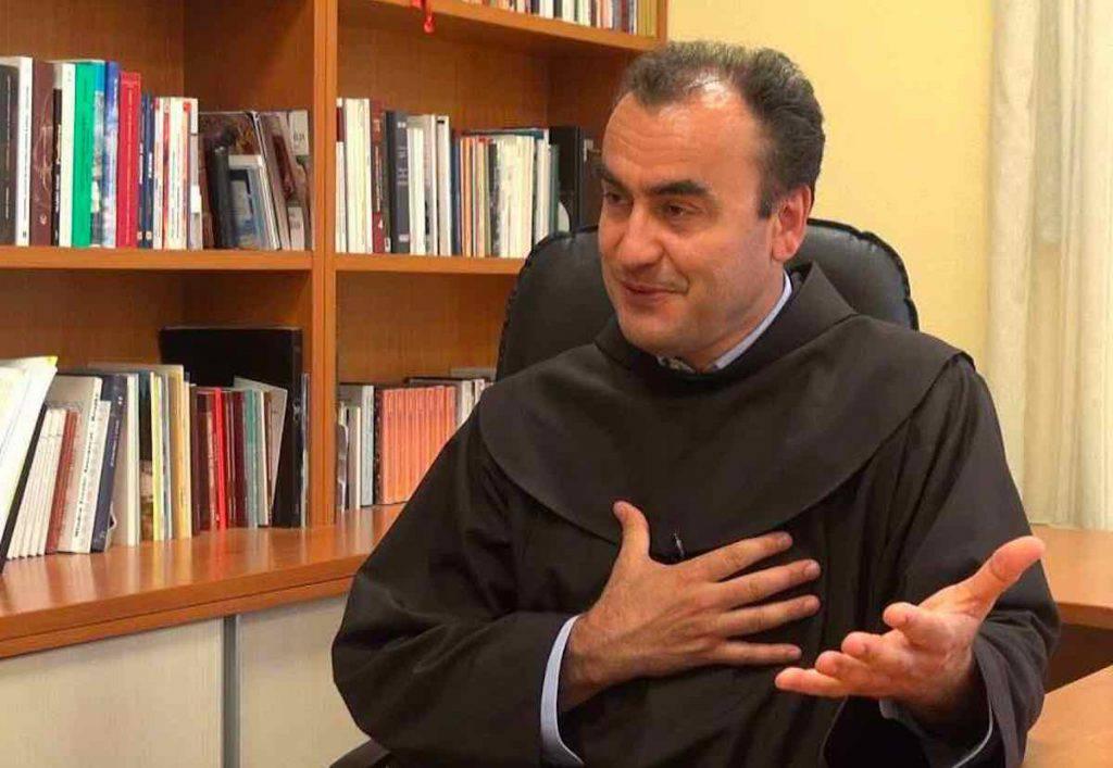 Padre Marinko Sakota risponde alla domanda se si terrà o no il festival dei Giovani 2020 a Medjugorje