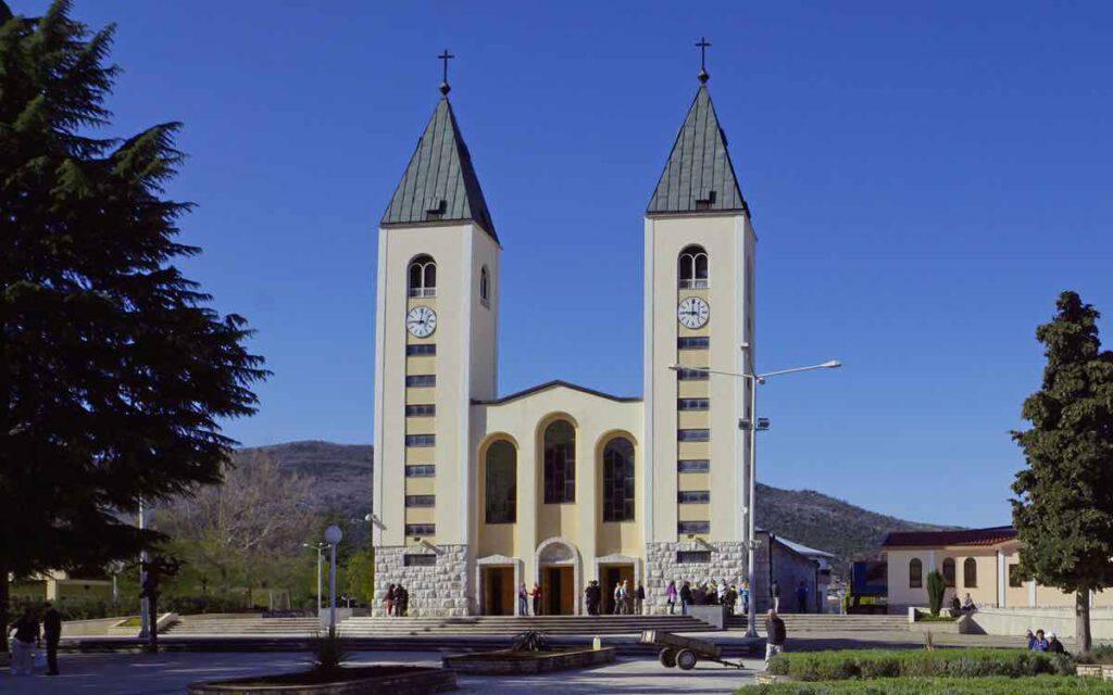 Chiesa di Medjugorje con non l'abbiamo mai vista