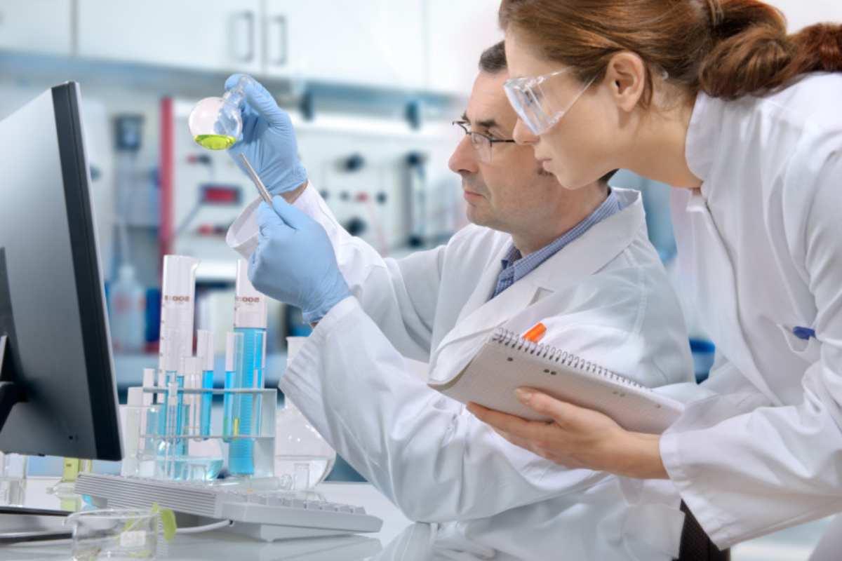Un'analisi del sangue riconosce 5 tumori 4 anni prima - Scienza & Tecnica