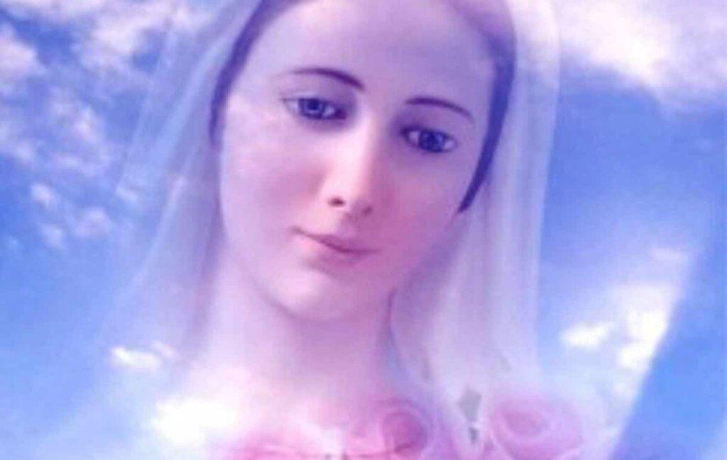 Il Rosario: un Regalo per Maria con la Costola Rosa