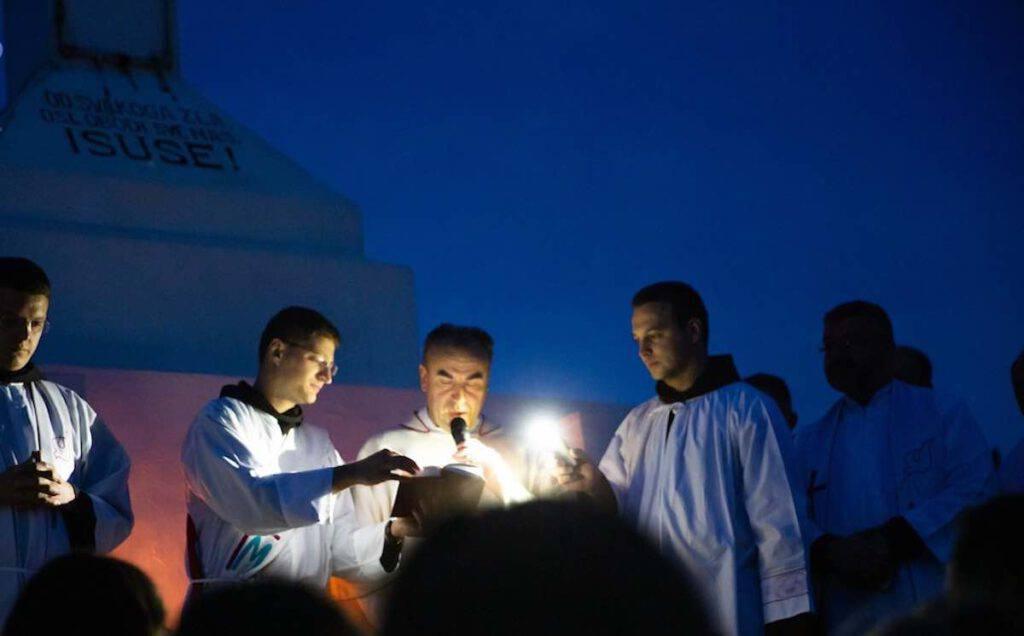 La santa Messa sul Krizevac a conclusione del festival dei giovani 2020 a Medjugorje