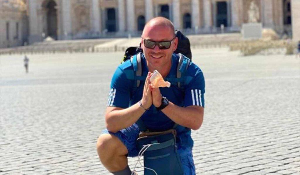 Infermiere guarisce dal Covid, va dal Papa per ringraziare