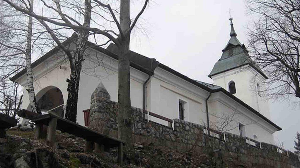 Maria Regina della Pace: appare sul Monte Kurescek