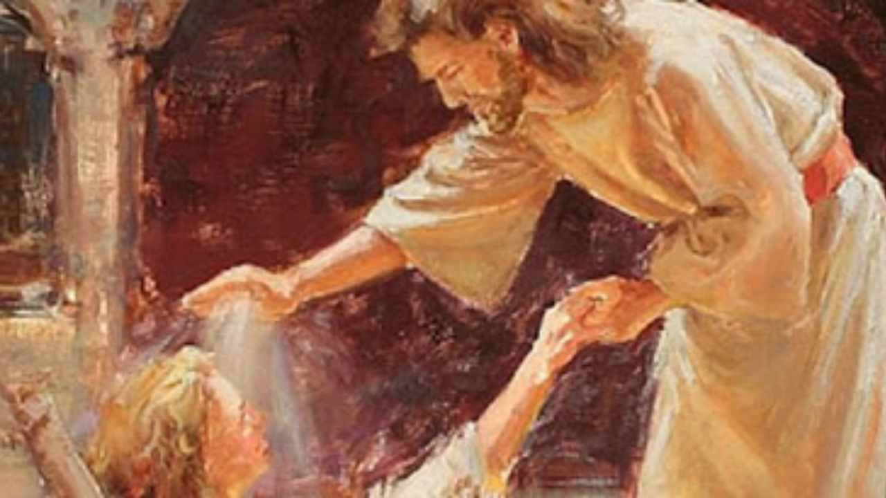 Gesù non si dimentica di noi e ci dà la sua benedizione