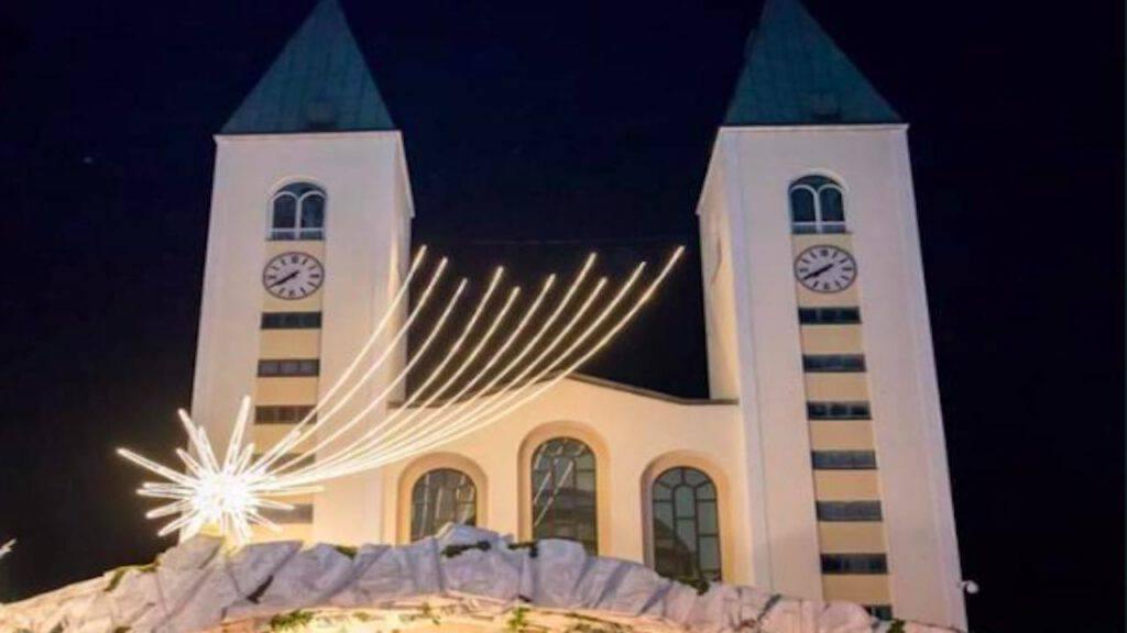 Chiesa di Medjugorje a Natale