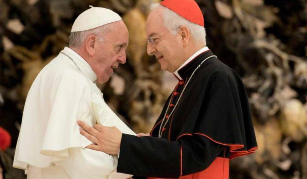 Vaticano: non è valida la Confessione sul cellulare