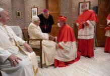 """Ratzinger, lo stato fisico: """"Il Signore mi incoraggia"""""""
