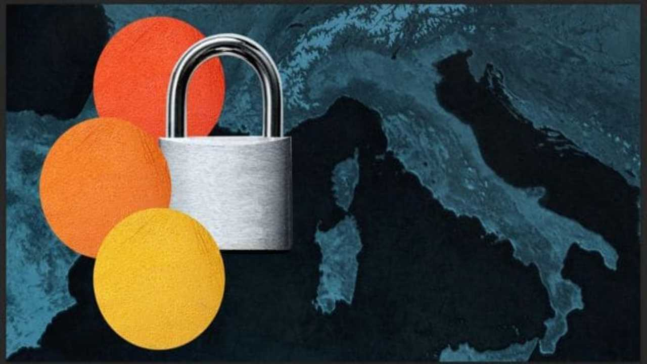L'Italia ancora in tre fasce di colore